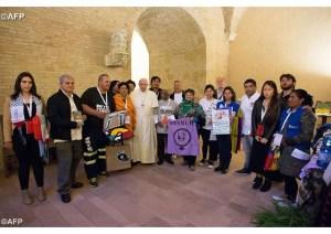 2014 oct Mouvements populaires pape